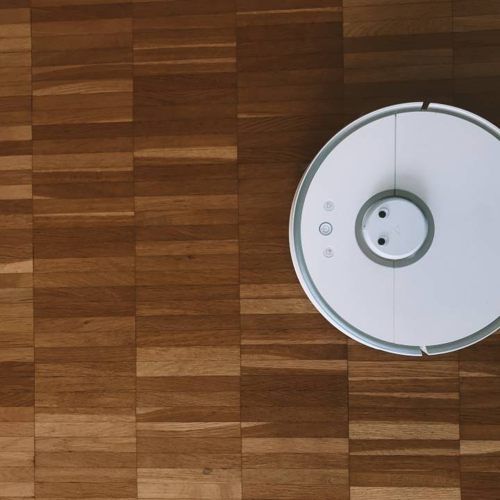 Roomba, photo: @jankolario